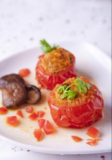 Cà chua nhồi thịt