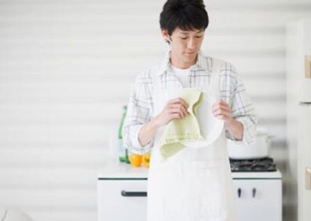 Người chồng quá sạch sẽ và kĩ tính đôi lúc khiến vợ cảm thấy phiền lòng
