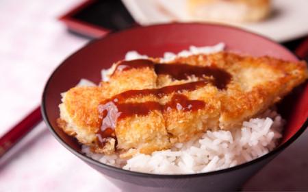 Cơm gà rán kiểu Nhật