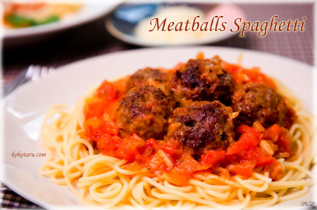 Spaghetti sốt cà chua thịt viên