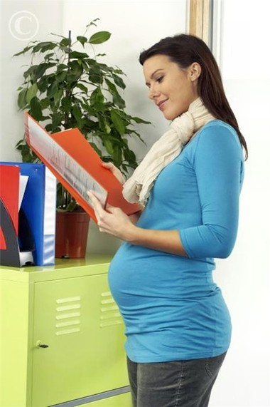 Tiềm ẩn nhiều nguy cơ nhiễm bệnh ở văn phòng đối với phụ nữ có thai