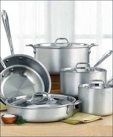 Cách làm sạch dụng cụ nấu nướng bị thức ăn bám dính 1