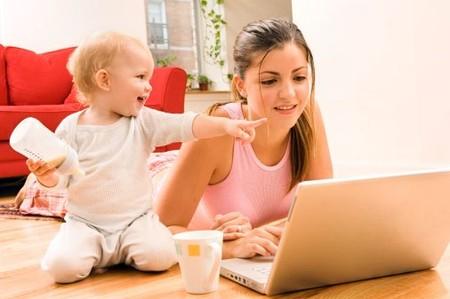 Quay lại làm việc sau sinh, bạn có thể gặp phải những vấn đề như: thiếu ngủ, phải xa bé, căng thẳng với công việc...