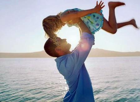 Nhận được sự chăm sóc của bố, trẻ sẽ thông minh hơn.