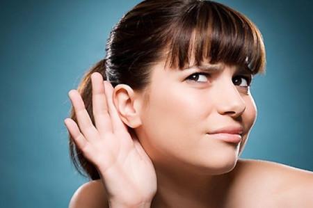 Phụ nữ với ráy tai ướt có nhiều khả năng bị ung thư vú.