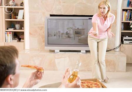 Nhiều thói hư tật xấu nên các ông chồng mất dần vị thế trong tâm trí vợ con