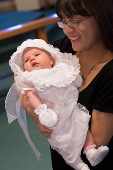 Người phụ nữ nào cũng có một vẻ đẹp riêng, họ sẽ đẹp hơn trong mắt chồng khi là một người mẹ tuyệt vời, một người dâu hiền