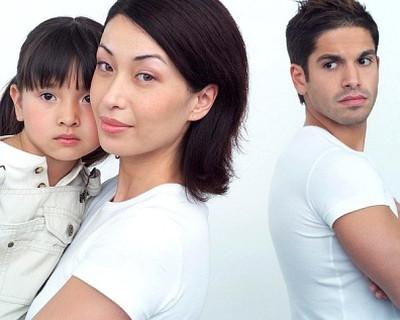 Mẹ con chị ngày càng như cái gai trong mắt chồng mình
