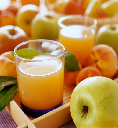 Không phải nước trái cây nào cũng phù hợp để uống thuốc