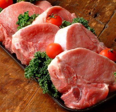 Có thể dùng nước lạnh pha thêm muối để rã đông thực phẩm nhanh hơn