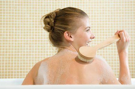 Tẩy da chết là bước không thể thiếu trong quá trình làm đẹp da