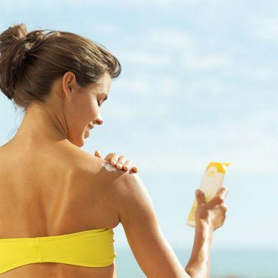 Cần sử dụng kem chống nắng mọi lúc mọi nơi kể cả khi trời mát