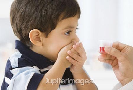 Không nên lạm dụng thuốc bổ ở trẻ