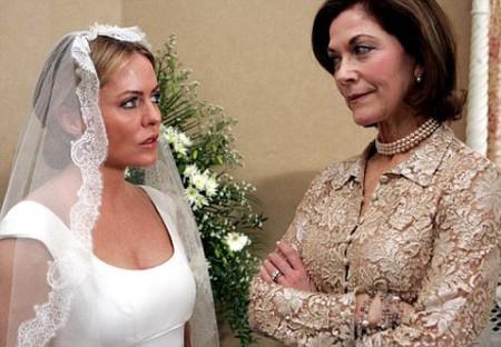 Con dâu sẵn sàng cãi nhau tay đôi với bà