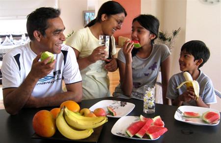 Ăn hoa quả ngay sau bữa ăn làm gia tăng áp lực lên ruột