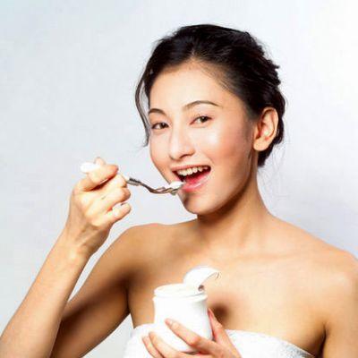 Ăn sữa chua thành nhiều bữa nhỏ giúp đốt cháy nhiều calo