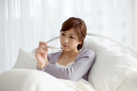 Thử thai bằng nước tiểu là phương pháp đơn giản, rất phổ biến