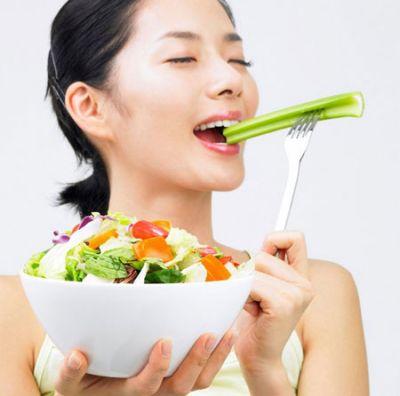 Nên ăn chậm rãi để vị giác của bạn có thể cảm nhận được vị thơm ngon của món ăn