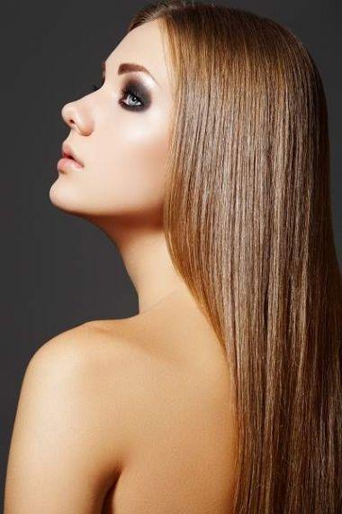 Nguyên tắc vàng khi chăm tóc hư tổn là một chế độ chăm sóc toàn diện, kết hợp với chế độ thực phẩm đầy đủ vitamin.