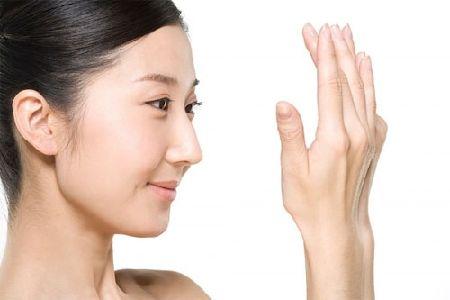 Sử dụng kem dưỡng phù hợp cho làn da của bạn trong mùa đông