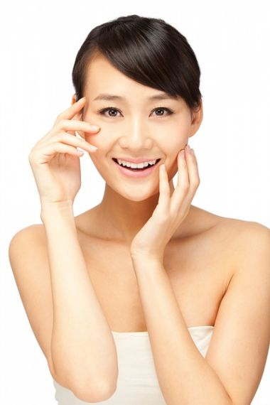 Tránh căng thẳng sẽ giúp cải thiện nếp nhăn vùng mắt.