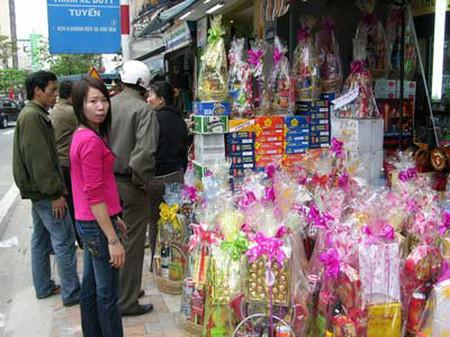 """7 món quà có thể làm """"đẹp lòng"""" bố mẹ người yêu trong dịp Tết - Mua Sắm - Cẩm nang gia đình - Phong tục tập quán Việt Nam"""