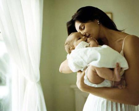 Kinh nguyệt sẽ trở lại với các phụ nữ sau khi sinh em bé khá thất thường và rất khác nhau.