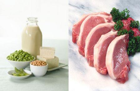 Thịt lợn kỵ nấu với đậu tương.