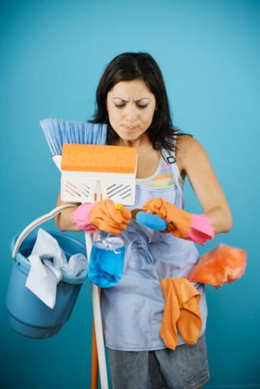 Nhiều chị em thực sự bối rối khi nhà có quá nhiều việc mà ôsin lại về quê ăn Tết.