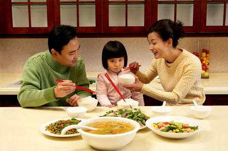 Có nhiều nguyên nhân có thể khiến trẻ biếng ăn hơn