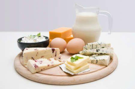 Chế độ dinh dưỡng đóng một vai trò cực kỳ quan trọng. trong việc chăm sóc móng.