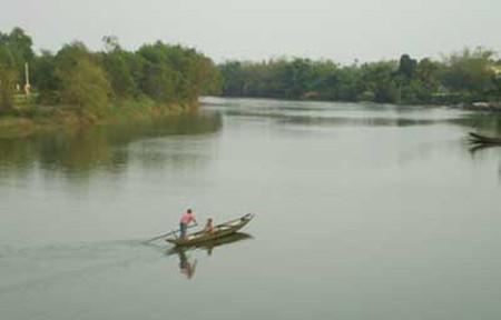 Dòng sông này đã chứng kiến tình yêu sét đánh của chúng tôi
