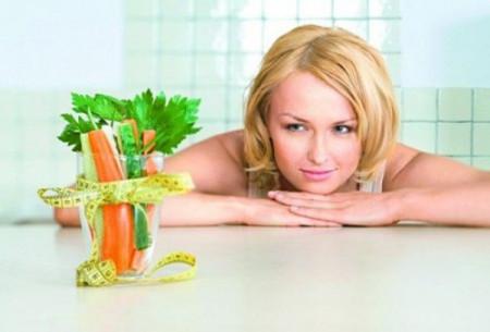 Thêm hai món rau xanh vào bữa ăn sẽ giúp bạn giảm cân đáng kể.