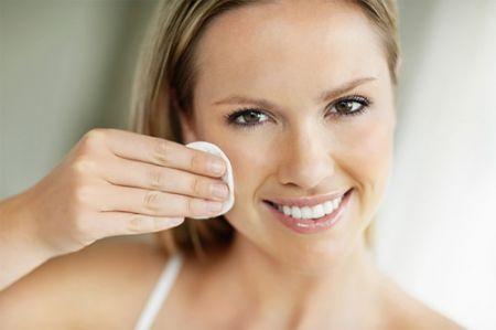 Sữa tắm trẻ em là một cách tuyệt vời để loại bỏ mascara.