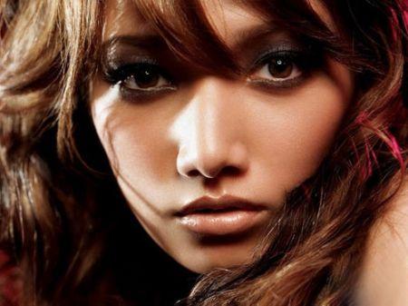 Điều quan trọng nhất đối với làn da ngăm đen là đồng nhất về màu sắc.