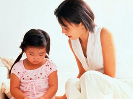 Đừng quá nghiêm khắc trong việc dạy dỗ con cái.