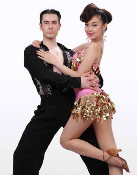 Minh Hằng - Bước nhảy hoàn vũ 2012 video clips 2