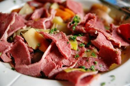 Thịt gà, cá có hàm lượng carnitine thấp, trong khi hàm lượng chất này trong thịt bò lại rất cao.