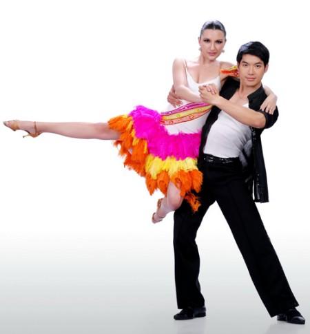Trương Nam Thành - Bước nhảy hoàn vũ 2012 video clips 2