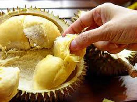 Sầu riêng còn là món ăn ngon và là đặc sản