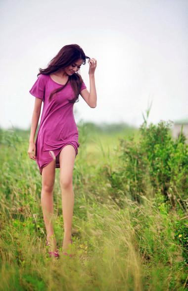 Sở hữu đôi chân thon dài gợi cảm là niềm mơ ước của rất nhiều các bạn gái.