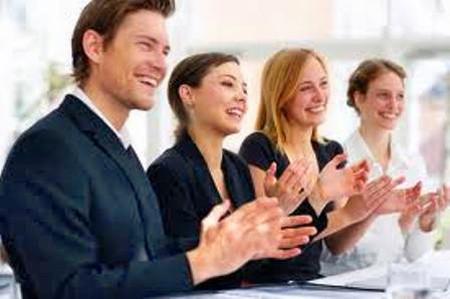 Nếu bạn cười to từ 10 đến 15 phút một ngày, bạn có thể đốt cháy tới 40 calo.