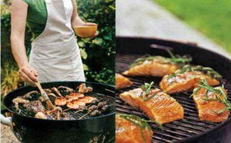 Dù bạn nướng bằng bếp ga hay lò than, hãy dùng những cây xiên bằng gỗ.