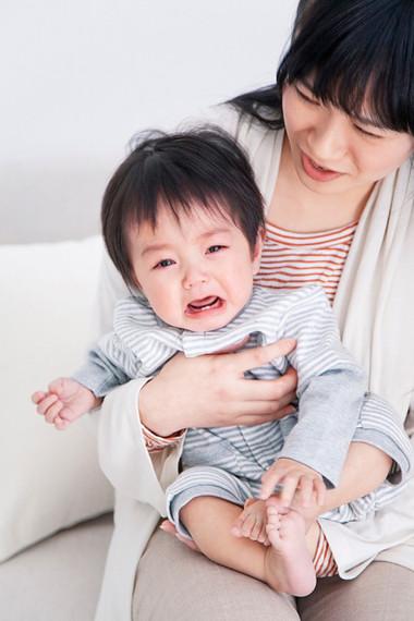 Có nhiều nguyên nhân khiến trẻ khóc nhiều