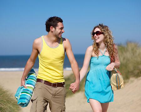 Khi nào thích thì họ hẹn nhau để đổi gió không thì thôi