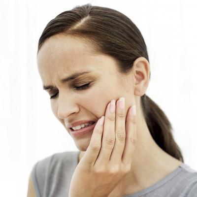 Vệ sinh răng miệng kém cũng có thể dẫn đến ung thư thực quản.