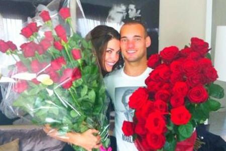Cô hạnh phúc khi chồng ôm 2 bó hồng về tặng nhưng....