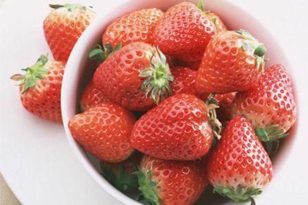 Ăn dâu tây có thể thúc đẩy quá trình hình thành các tế bào của cơ thể.