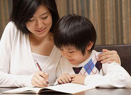 Con trẻ bị gây áp lực vì kì vọng của cha mẹ