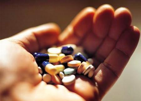 Dùng thuốc tự do gây nguy hiểm cho sức khỏe.